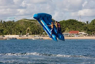 Flying fish water sport - photo#15