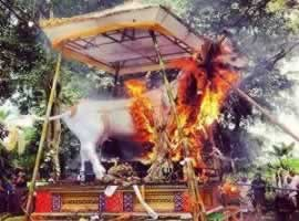 Ngaben | Bali Travel Information | Bali Golden Tour