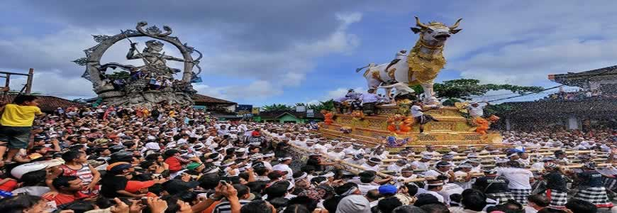 NGABEN CEREMONY | BALI CREMATION CEREMONY | BALI GOLDEN TOUR