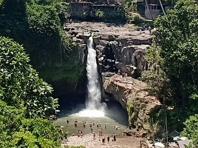 Full Day Ubud Tours | Ubud Tegenungan Waterfall | Bali Golden Tour