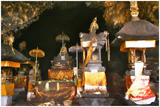 GOA LAWAH TEMPLE CAVEGOA LAWAH TEMPLE | BALI INTEREST PLACE | BALI GOLDEN TOUR