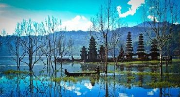 North Bali Tour | Tamblingan and Buyan Twin Lake View | Balimyhometours.com